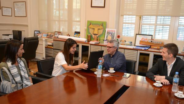 """Una joven """"Leona"""" fue distinguida por el Municipio de Tigre"""