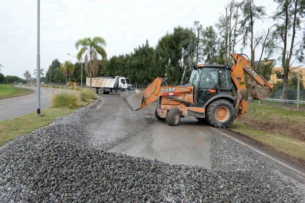 El Municipio de Tigre informó que  realiza la renovación de la carpeta asfáltica sobre la calle Aristóbulo del Valle, mejorando la circulación de vehículos y peatones.