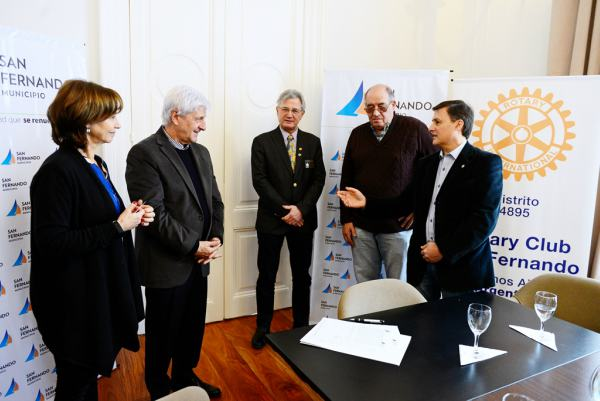 San Fernando firmó un convenio con el Rotary Club