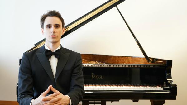 El pianista Tomás Alegre presentará su concierto en Tigre