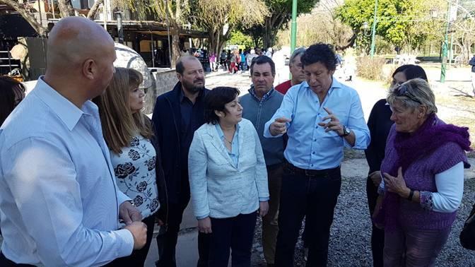 Posse y Ocaña dialogaron con los abuelos de Puerto Libre