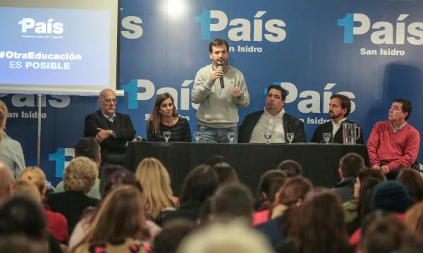 l espacio 1 País organizó, con especialistas y referentes del área, la 2da. Jornada de Formación para pre candidatos a Consejeros Escolares en San Isidro