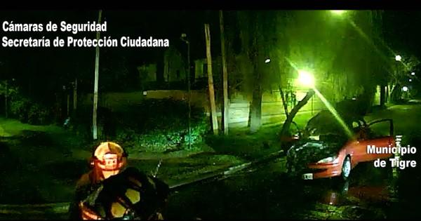 Controlan el incendio de un Vehículo en Pacheco