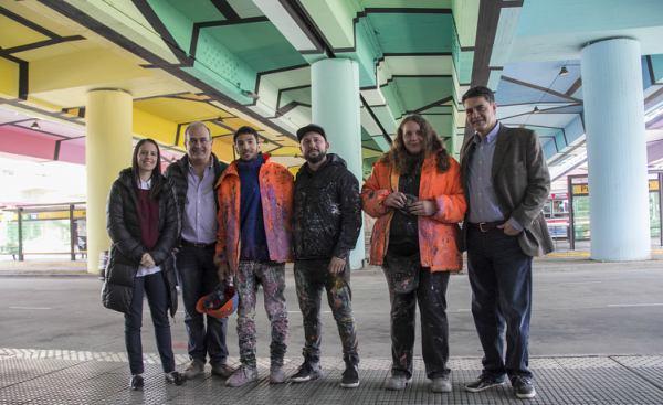 Jorge Macri y Soledad Martínez recorrieron la intervención artística de Puente Saavedra