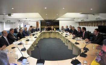 Fiscales de Estado de todo el país reforzaron el rechazo de los gobernadores a ceder fondos a Buenos Aires