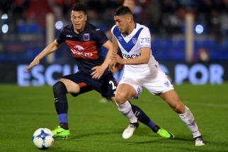 Mal comienzo para Tigre que cayó ante Vélez en Victoria