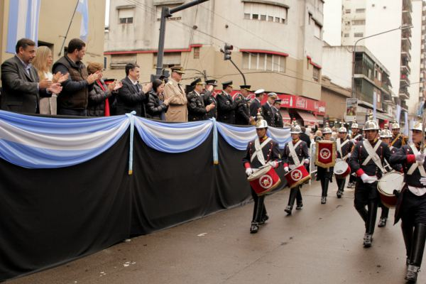 Jorge Macri y Eugenio Burzaco encabezaron un desfile en conmemoración al General Don José de San Martín