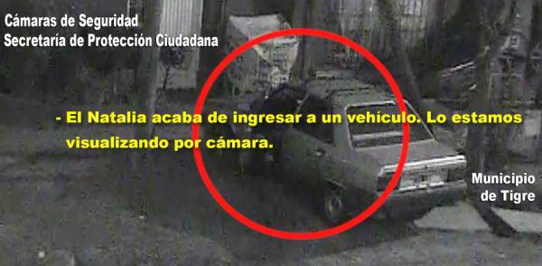 El sistema de vigilancia del Centro de Operaciones Tigre (COT) visualizó a un malviviente cuando forzaba la puerta de vehículos para cometer robos. Fue detenido y puesto a disposición de la justicia.