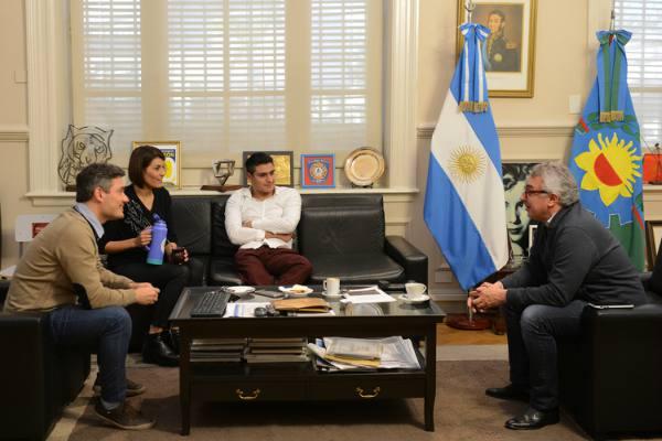 Julio Zamora se reunió con destacados vecinos