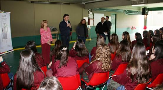 Alumnos del colegio Leonardo da Vinci de San Isidro participaron de banca 25