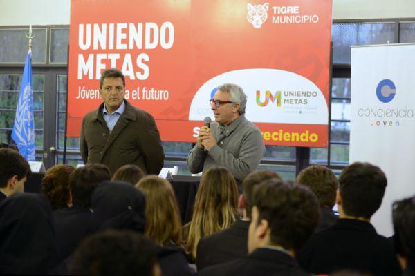 "Zamora y Massa cerraron las jornadas de ""Uniendo Metas"""