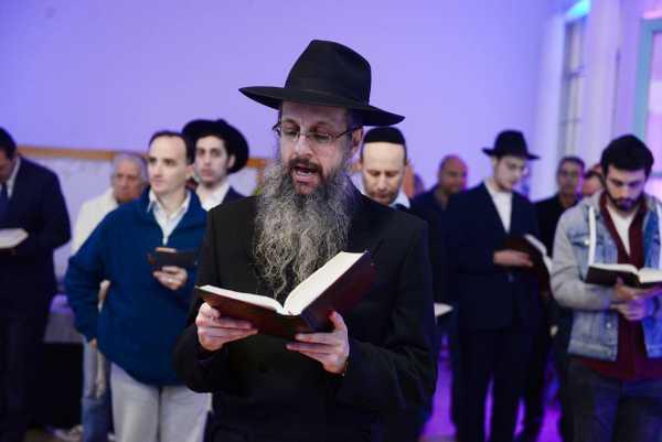 San Fernando acompañó a la comunidad judía en el Hajnasat Sefer Torá