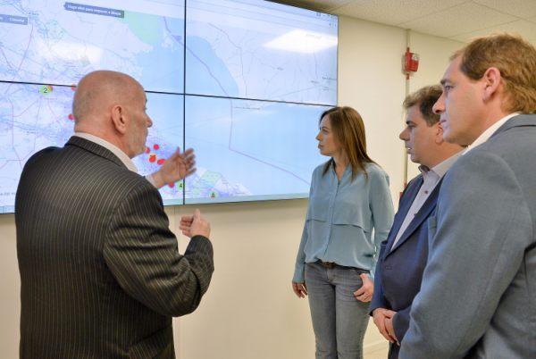 Vidal recorrió la nueva central de atención telefónica de emergencias 911 de La Plata