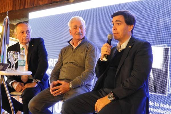 Tizado se reunió en Escobar con más de 20 empresarios PyME y disertó en acto de ADIBA