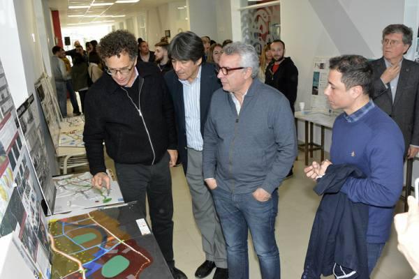 Estudiantes del CUT presentaron sus proyectos arquitectónicos al intendente Zamora