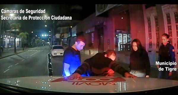 Se metió en un auto para robar y fue detenido en Tigre