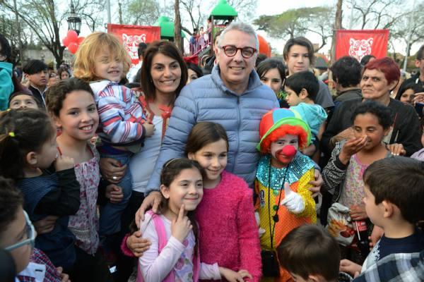 El intendente de Tigre, acompañado por su esposa, Gisela Zamora, inauguró en Don Torcuato la cuarta plaza inclusiva,