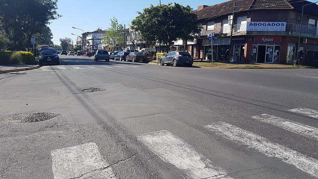 Desvíos por obras de asfalto en la Avenida Fleming
