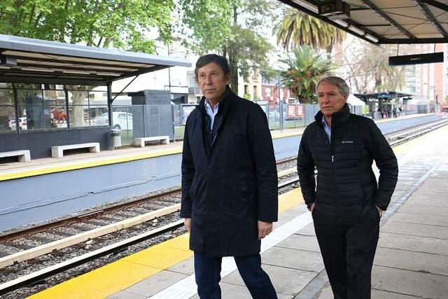 Posse y Orfila recorrieron las renovadas estaciones de Martínez y San Isidro