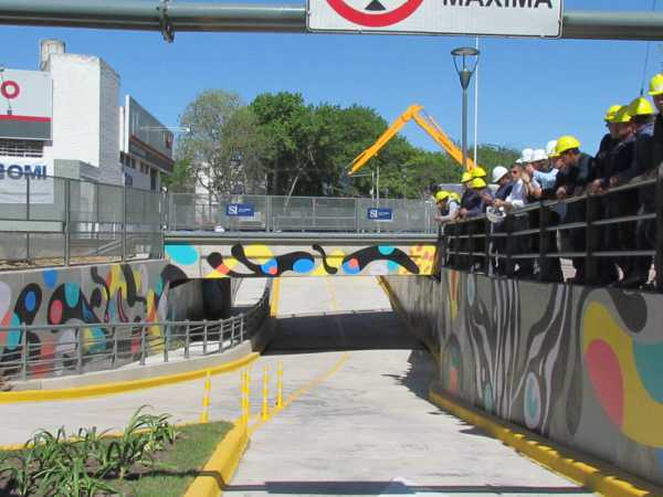 El intendente de San Isidro, Gustavo Posse, inauguró hoy el túnel de la calle España y las vías del Ferrocarril Mitre, en Beccar.