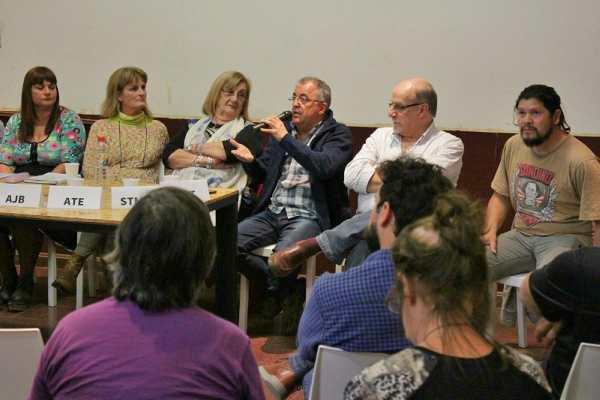 """El titular de ATE Zona Norte, Fabián """"Moncho"""" Alessandirni, expuso la posición del gremio en plenario de sindicatos estatales"""