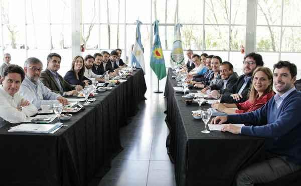 Jorge Macri recibió a funcionarios de Provincia y Nación, en el primer Gabinete de Desarrollo Humano en Vicente López