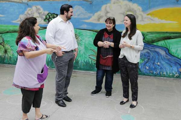 La diputada nacional y candidata a concejal en Vicente López por Cambiemos, Soledad Martínez, visitó esta mañana el Jardín de infantes 911 de Florida