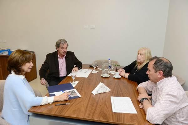 Reunión de trabajo de Alicia Andreotti con el Rotary Club de Victoria