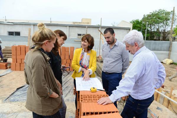 Andreotti recorrió la obra de la Comisaría y Fiscalía de la Mujer y la Familia de San Fernando