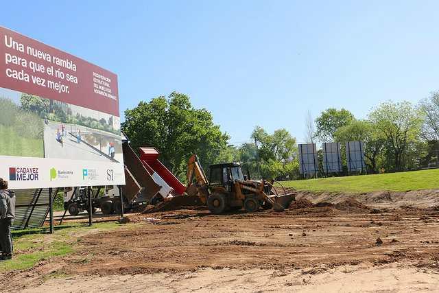 Avanzan los trabajos para crear un parque público en el puerto de San Isidro