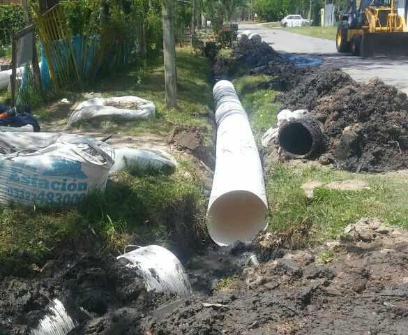 Continúan los trabajos de desagües pluviales en más barrios de Tigre