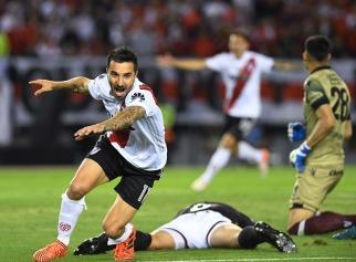 Scocco rompió el cerrojo de Lanús y River sacó ventaja en la primera semifinal Argentina de la Copa Libertadores