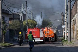 Explosión e incendio en una fábrica de químicos de San Justo