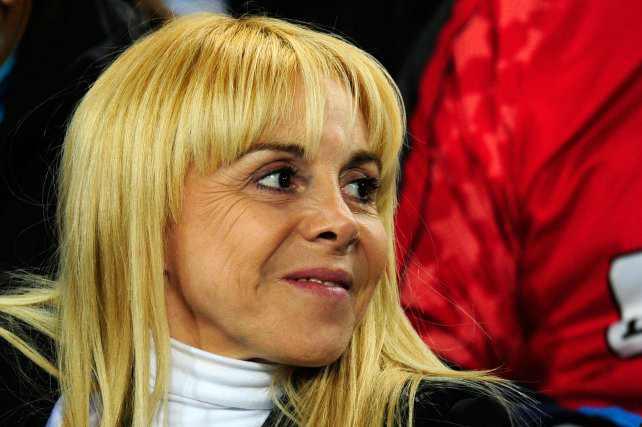 Motochorros asaltaron a la ex esposa de Diego Maradona, Claudia Villafañe