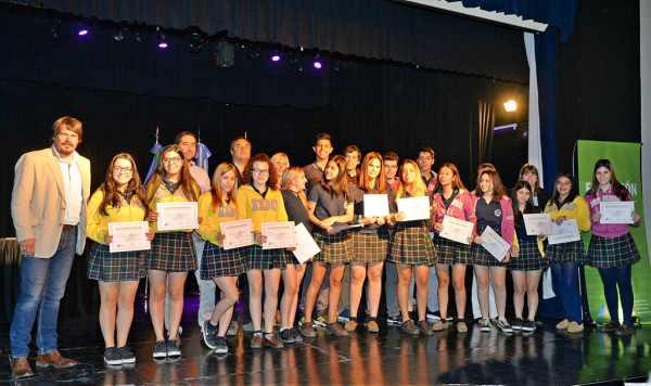 Más de 400 alumnos sanfernandinos participaron del Programa de Pasantías Municipal