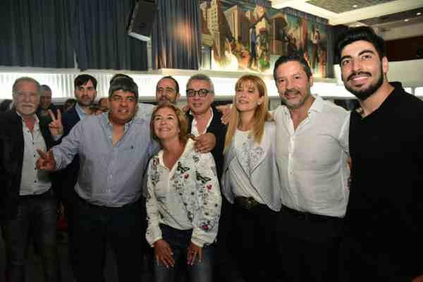 Intendentes peronistas y la cúpula de la CGT homenajearon a Rucci