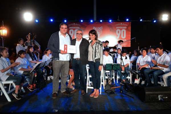 Don Torcuato festejó su día con una gran fiesta familiar en la Plaza Alvear