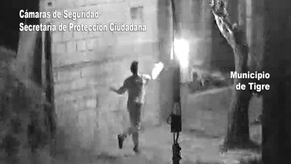 Quiso quemar la casa de su ex con una bomba molotov y fue detenido en Tigre