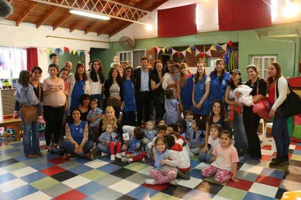 San Isidro y Nación entregaron mobiliario al jardín de infantes municipal Nº11