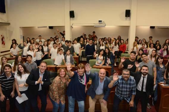 En formatos digitales los jóvenes de San Isidro expresaron sus inquietudes