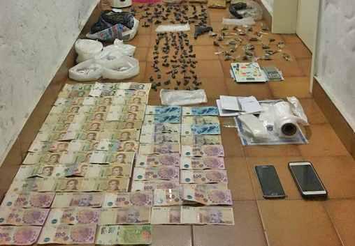 Cinco detenidos acusados de integrar una banda que vendía drogas al menudeo en San Isidro