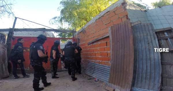 _Por una denuncia al 0800-DROGA NO fueron detenidos dos personas  que comercializaban dorgas  en Tigre