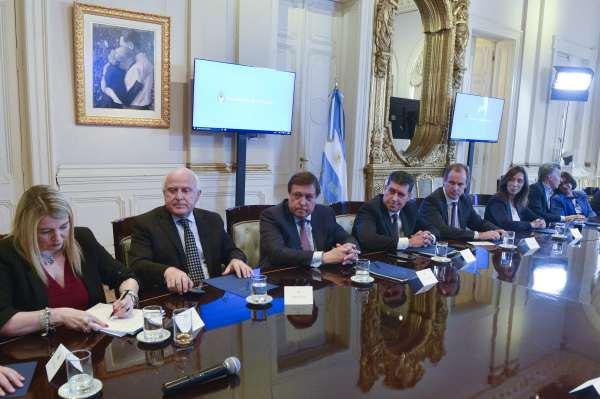 Gobernadores celebraron firma de pacto fiscal: Vidal fue la gran beneficiada por el fondo del conurbano