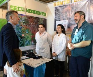 Macri visitó junto a su hija la feria nacional de innovación educativa 2017 en Tecnópolis