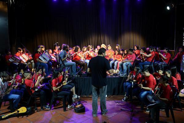 """La Orquesta """"Ricardo Carpani"""" y el Coro del Museo de la Reconquista conmemoraron en Tigre el Día Internacional de la Música"""