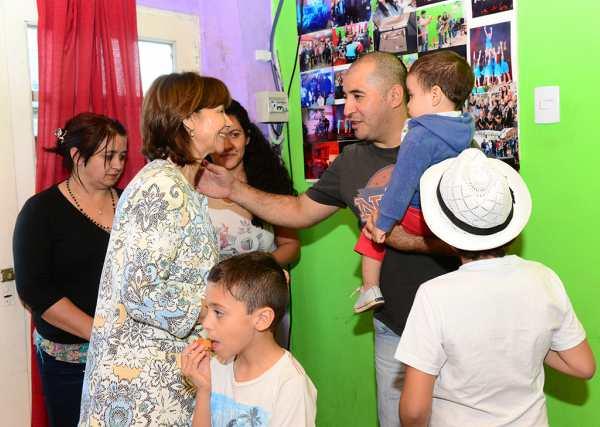 Alicia Andreotti visitó la Escuela de Arte Popular de San Fernando