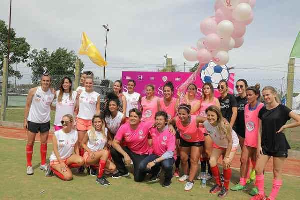 San Isidro concientiza contra la violencia de género a través del fútbol femenino