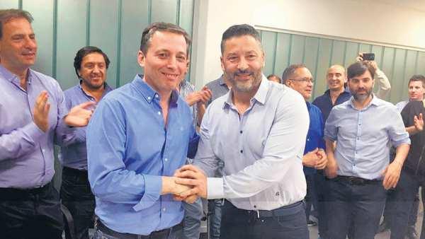 Se impusieron los intendentes y no habrá interna en el PJ bonaerense: Menéndez encabezará el partido