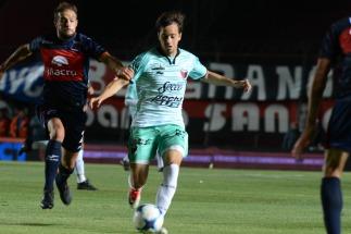 Colón le dió vuelta el partido a Tigre y mantiene el invicto
