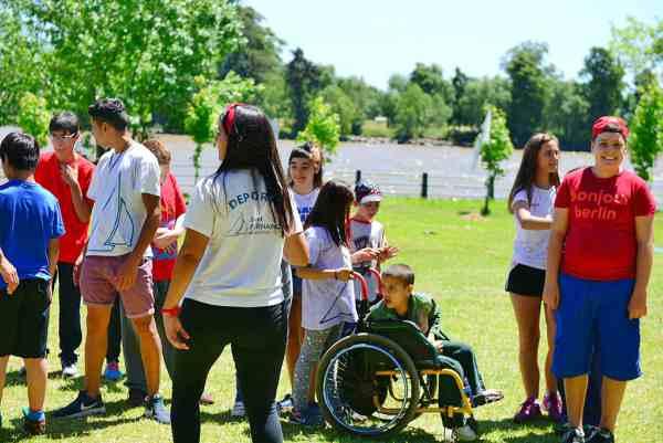 San Fernando organizó una Jornada Recreativa de Discapacidad con 500 vecinos de zona norte